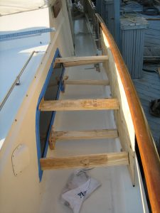 Hatteras 58' Yacht Fisherman Galley Window