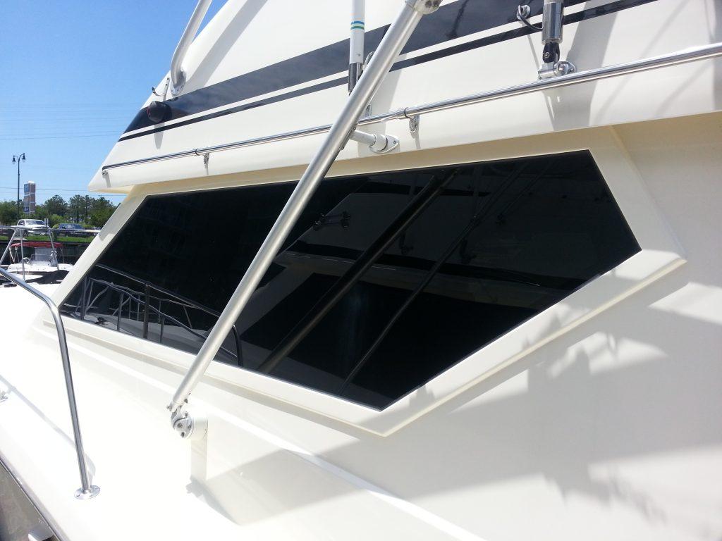 Hatteras Convertible 38 Series Ii Boat Windows Superior